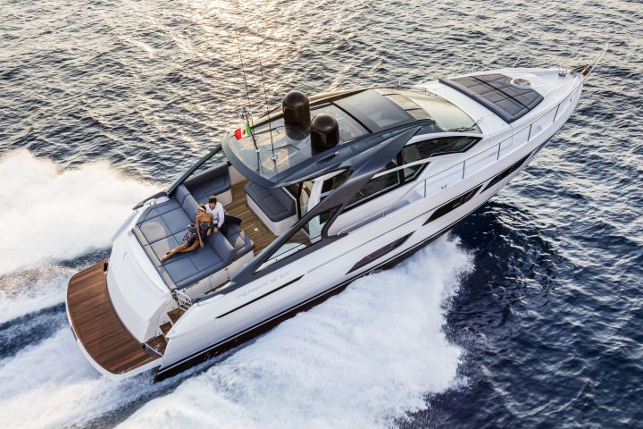 LuxYacht to distribute luxury Ferretti Group yachts